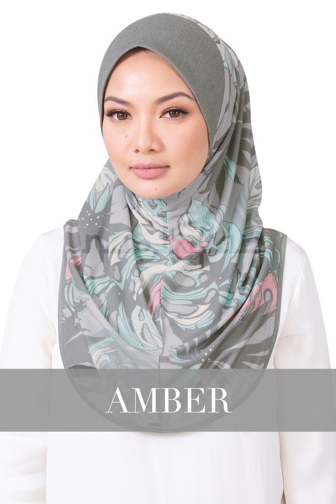 Material : Printed Moss Crepe with Soft Denim Awning